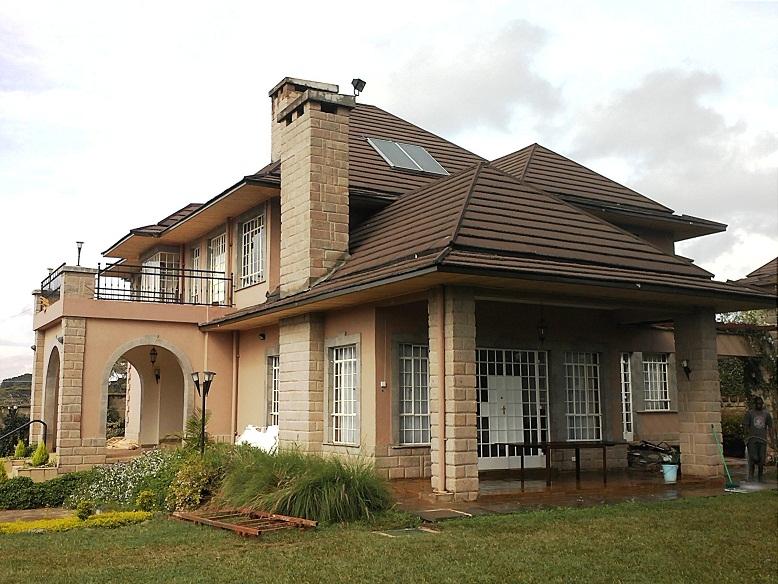 nyari houses